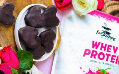 Coeurs façon bounty à la whey protein framboises Inshape Nutrition